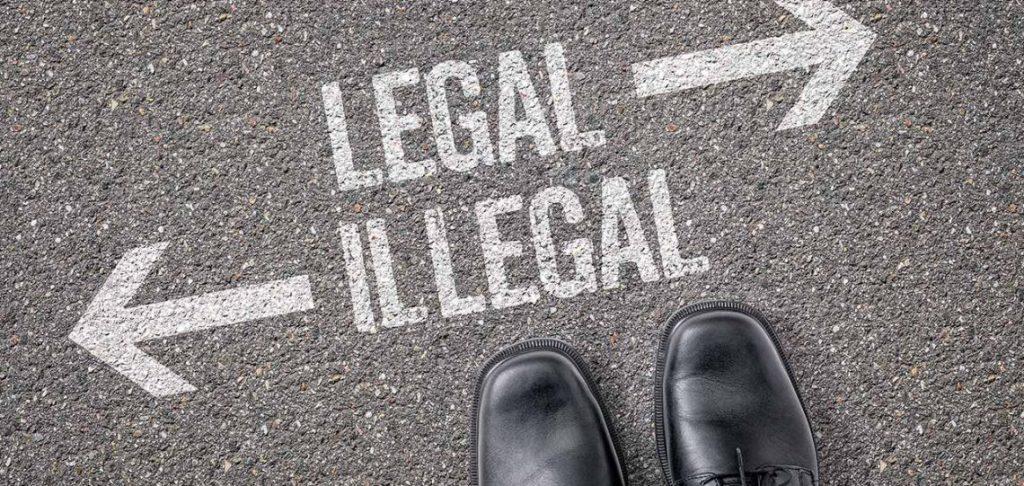 Dos caminos, legalidad e ilegalidad. En ATBEY y en Tulum, Yucatán somos legales.