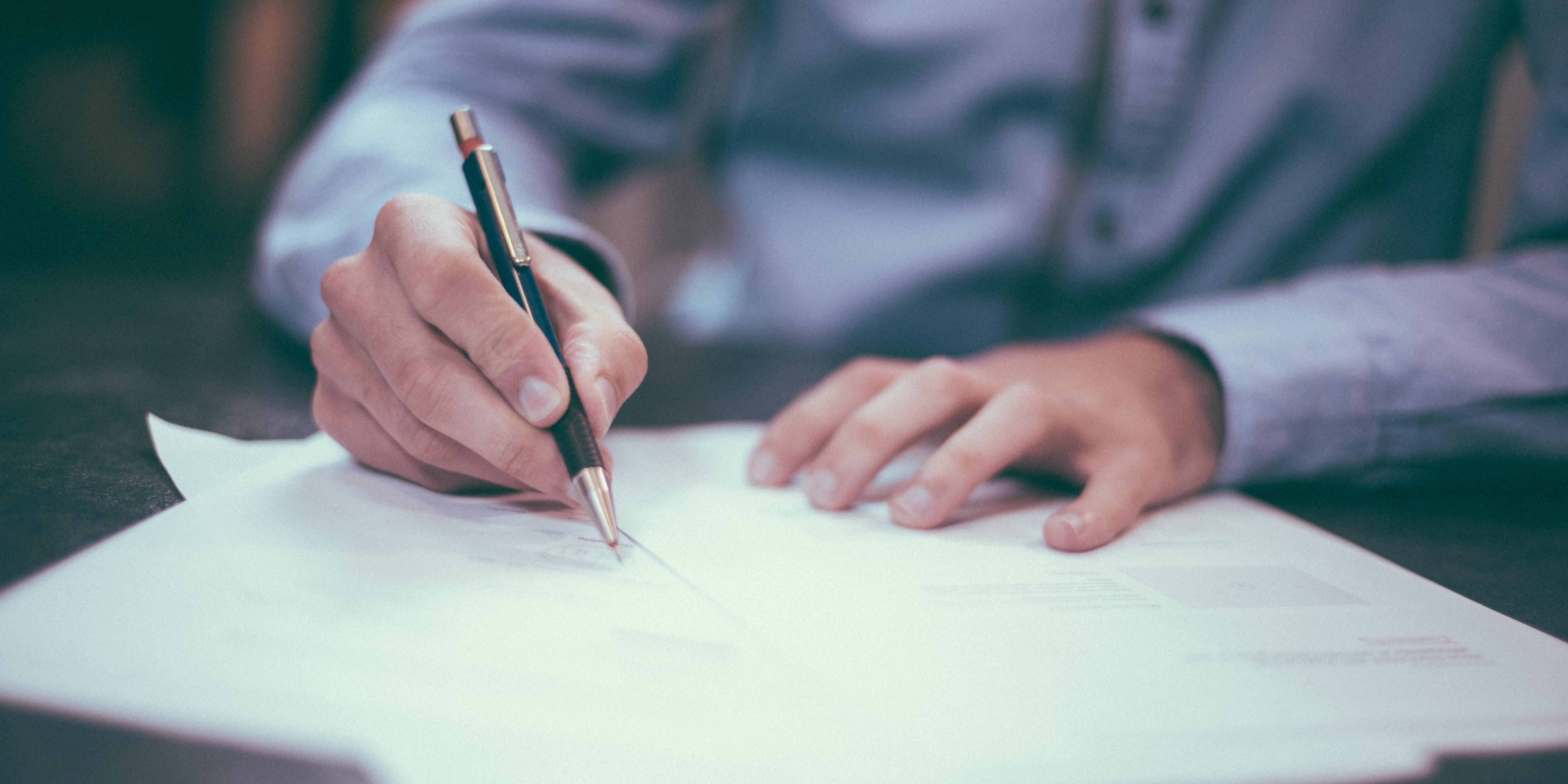 Firma de documentos y legalidad en desarrollos de ATBEY, en Tulum, Yucatán