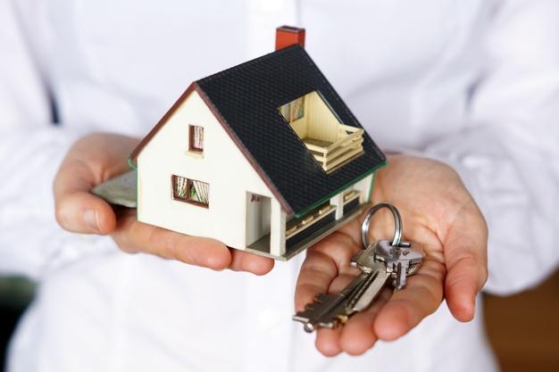 Cómo comenzar a ahorrar para invertir en bienes raíces